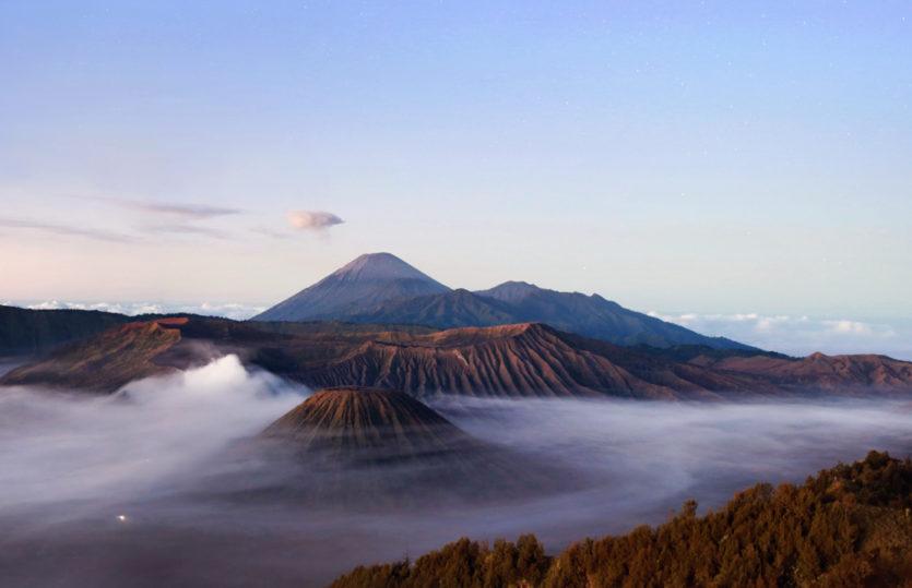 "E-raamatu ""Reis ümber maakera"" 3. osa: Indoneesia"
